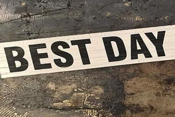 Text Says Best Day
